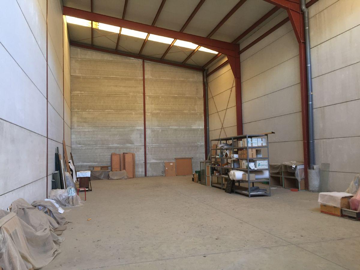 Industrial en venta en Almería, Almería, Calle Carbon, 110.000 €, 230 m2