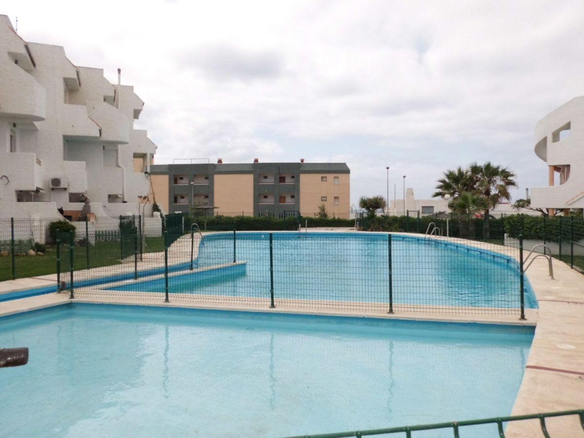 Piso en alquiler en 40008, Almería, Almería, Calle Camino del Pueblo, 500 €, 3 habitaciones, 1 baño, 85 m2
