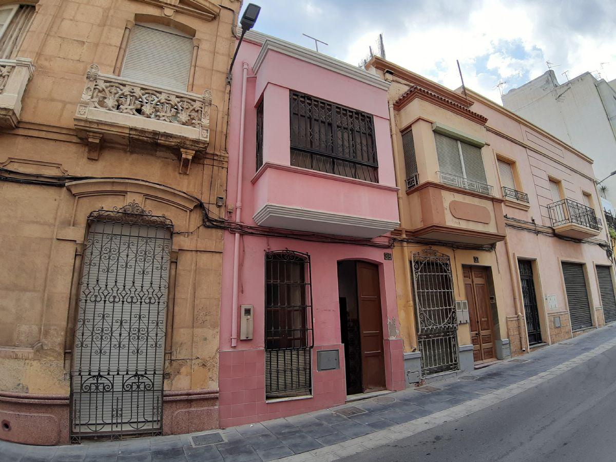 Casa en venta en 40001, Almería, Almería, Calle Regocijos, 60.000 €, 2 habitaciones, 1 baño, 73 m2