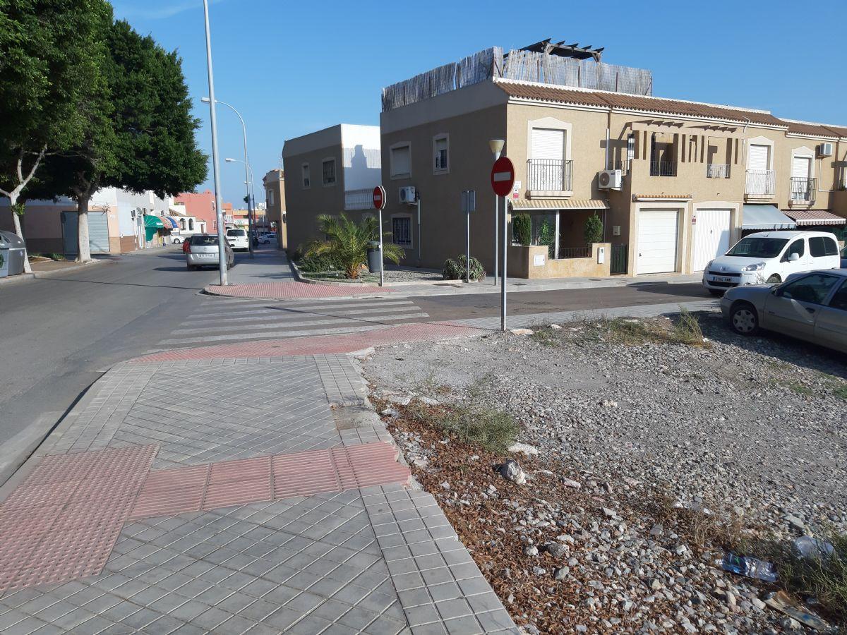 Suelo en venta en 41644, Almería, Almería, Calle Camino Viator -alquian, 141.000 €