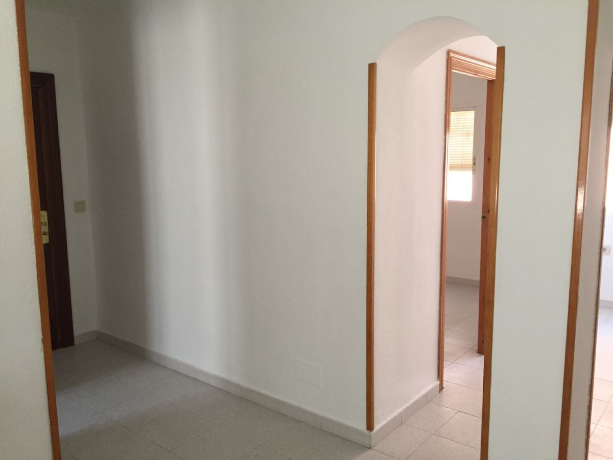 Piso en venta en 40002, Almería, Almería, Calle Pintor Vicente Lopez, 43.600 €, 2 habitaciones, 1 baño, 57 m2