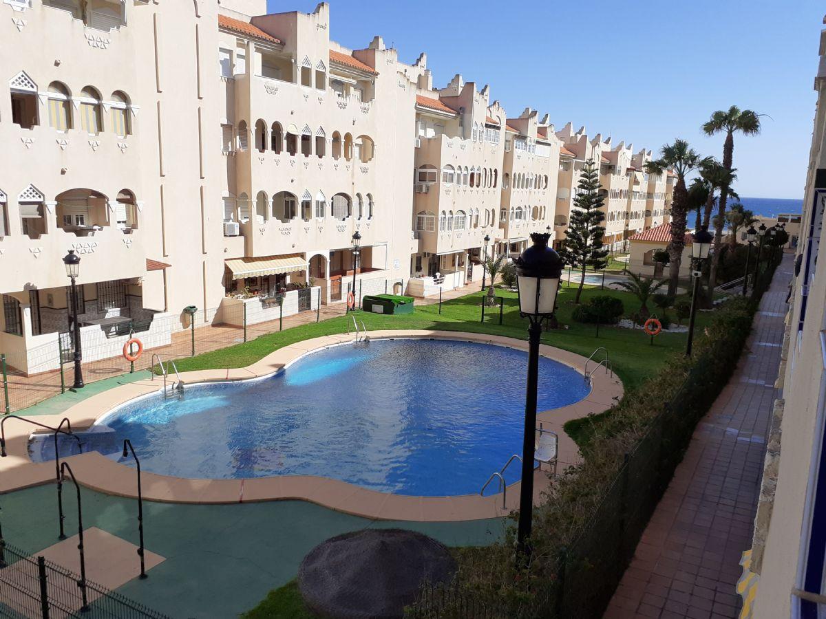Piso en venta en Almería, Almería, Calle Camino del Encaje, 119.000 €, 2 habitaciones, 1 baño, 78 m2