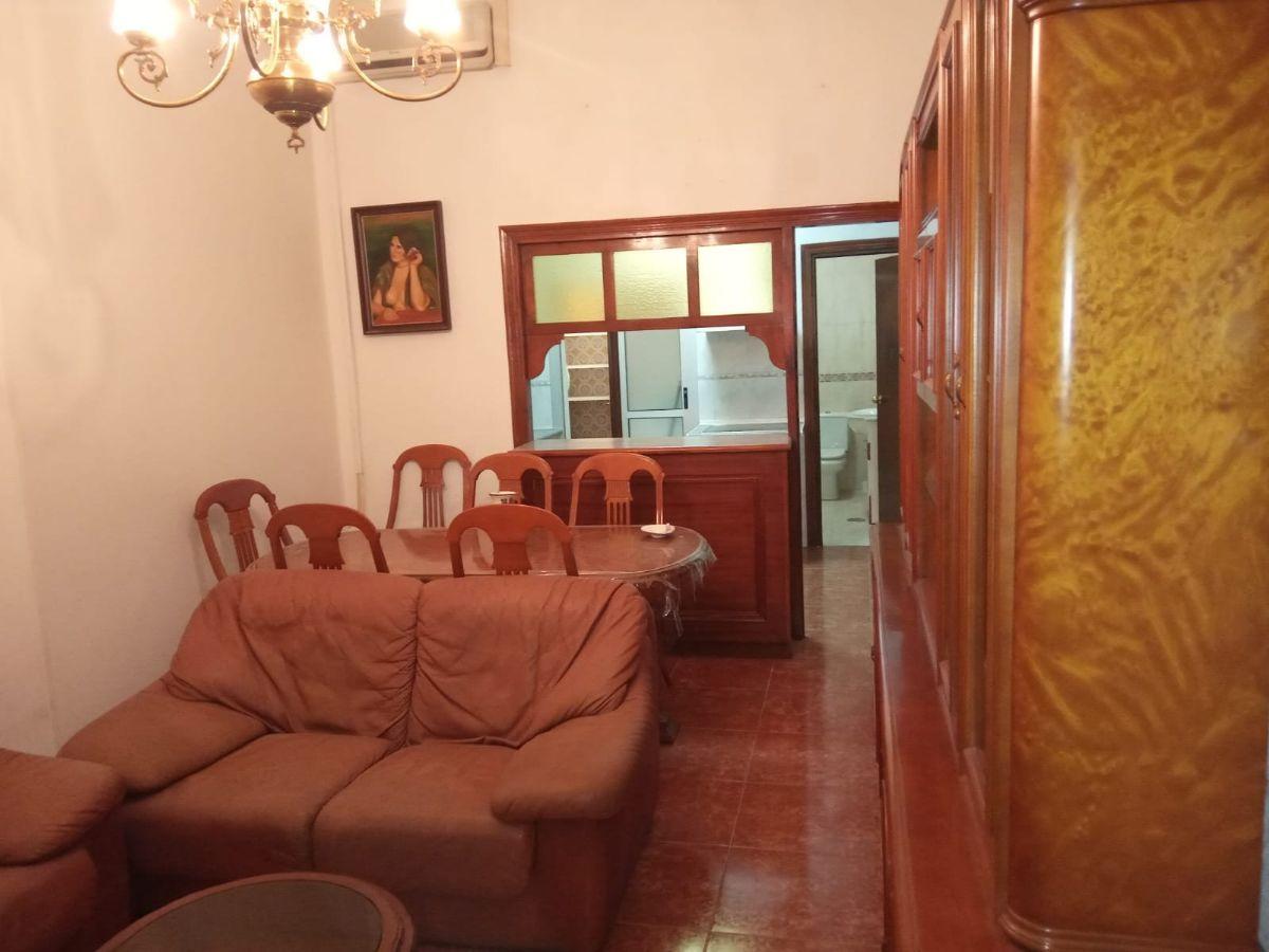 Casa en venta en 40002, Almería, Almería, Jesus de Percéval, 91.000 €, 4 habitaciones, 2 baños, 118 m2