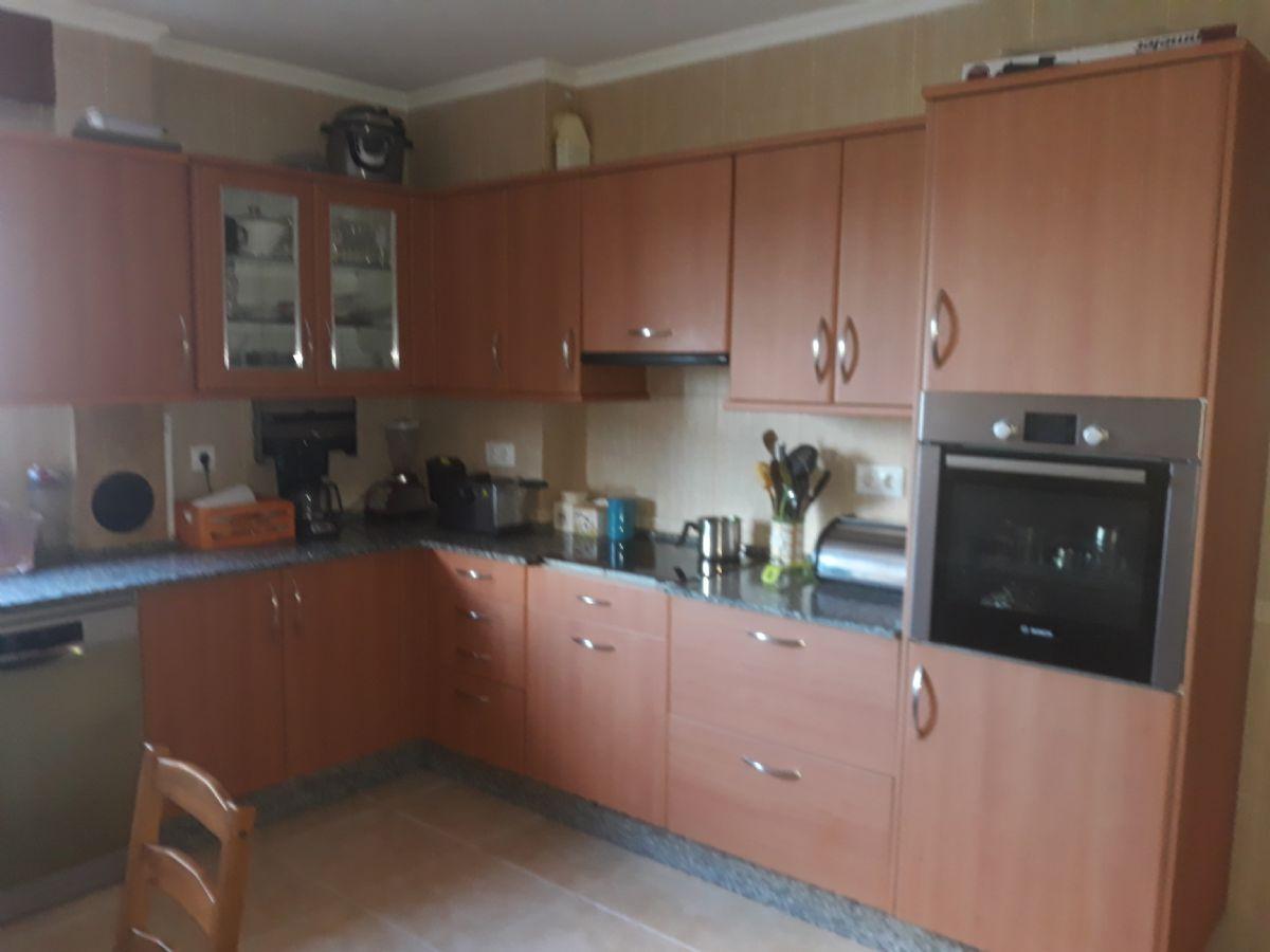 Piso en venta en San Xoán, Ferrol, A Coruña, Carretera San Pedro, 130.000 €, 4 habitaciones, 3 baños, 180 m2