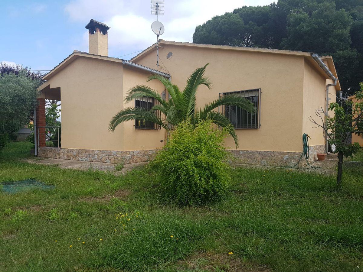 Casa en venta en 90294, Sils, Girona, Calle Garsa, 130.000 €, 3 habitaciones, 1 baño, 104 m2