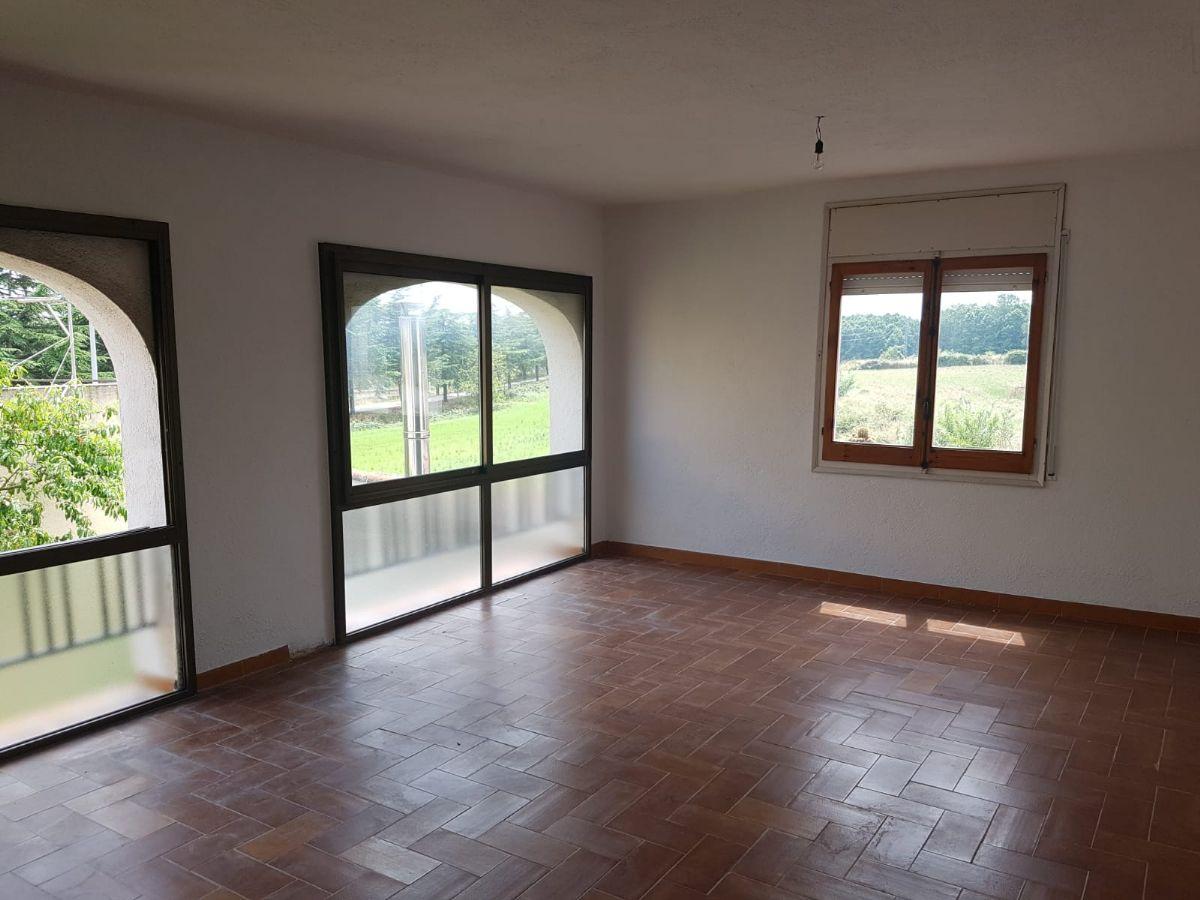 Casa en venta en 49917, Sils, Girona, Calle Campanar, 220.000 €, 5 habitaciones, 2 baños, 230 m2