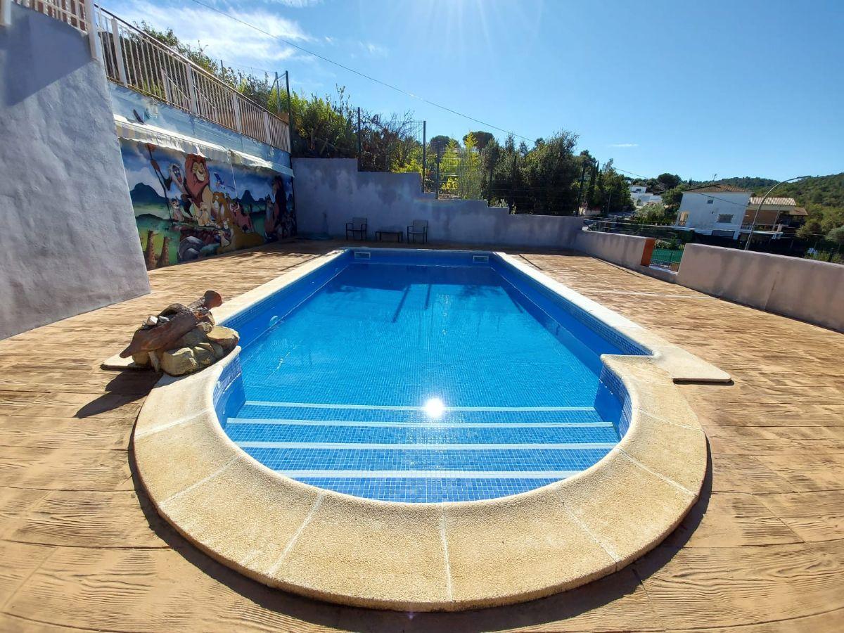 Casa en venta en Esquibien, Vidreres, Girona, Ronda Paradis, 350.000 €, 4 habitaciones, 2 baños, 215 m2