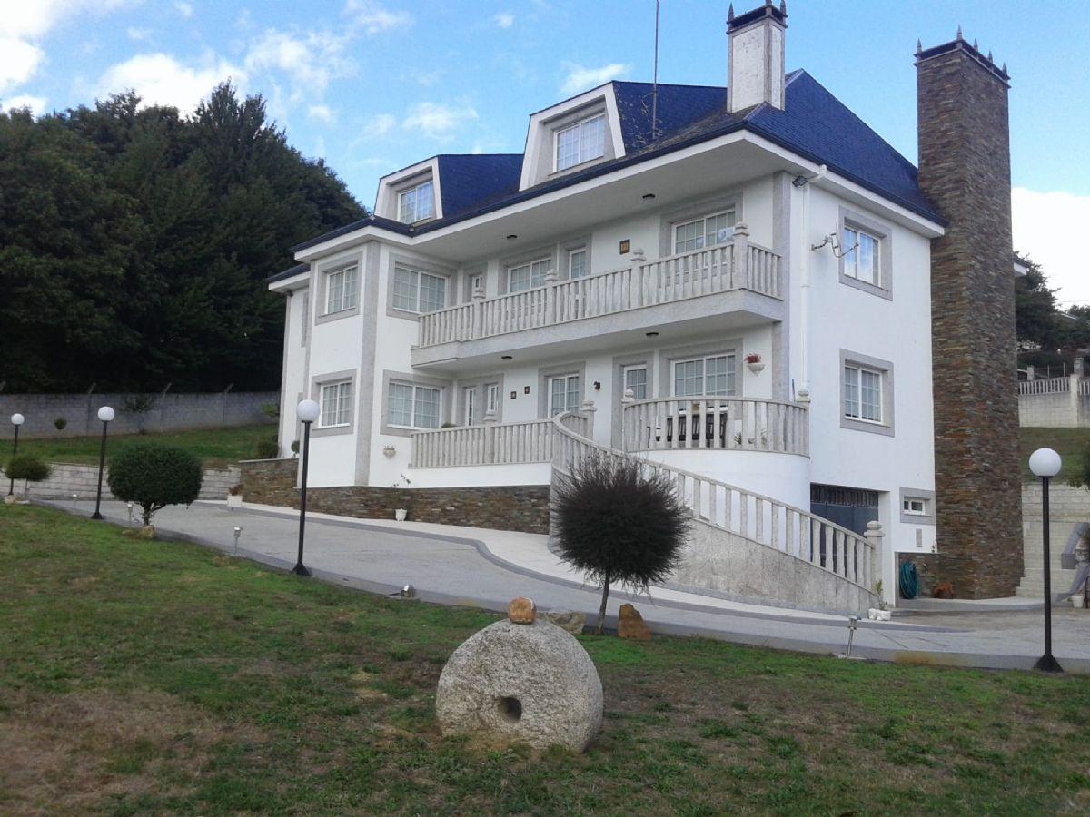Casa en venta en Esquibien, Lugo, Lugo, Lugar Lugo, 440.000 €, 6 habitaciones, 5 baños, 800 m2
