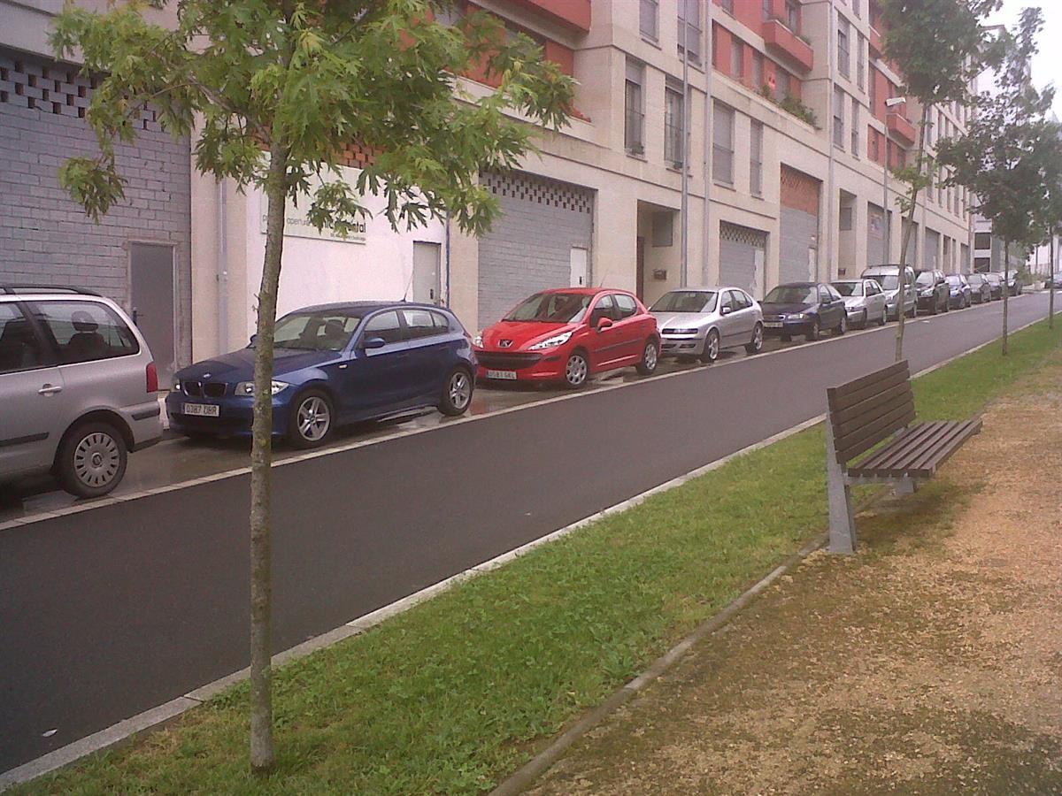 Local en venta en Santiago de Compostela, A Coruña, Avenida Da Liberdade, 134.000 €, 95 m2