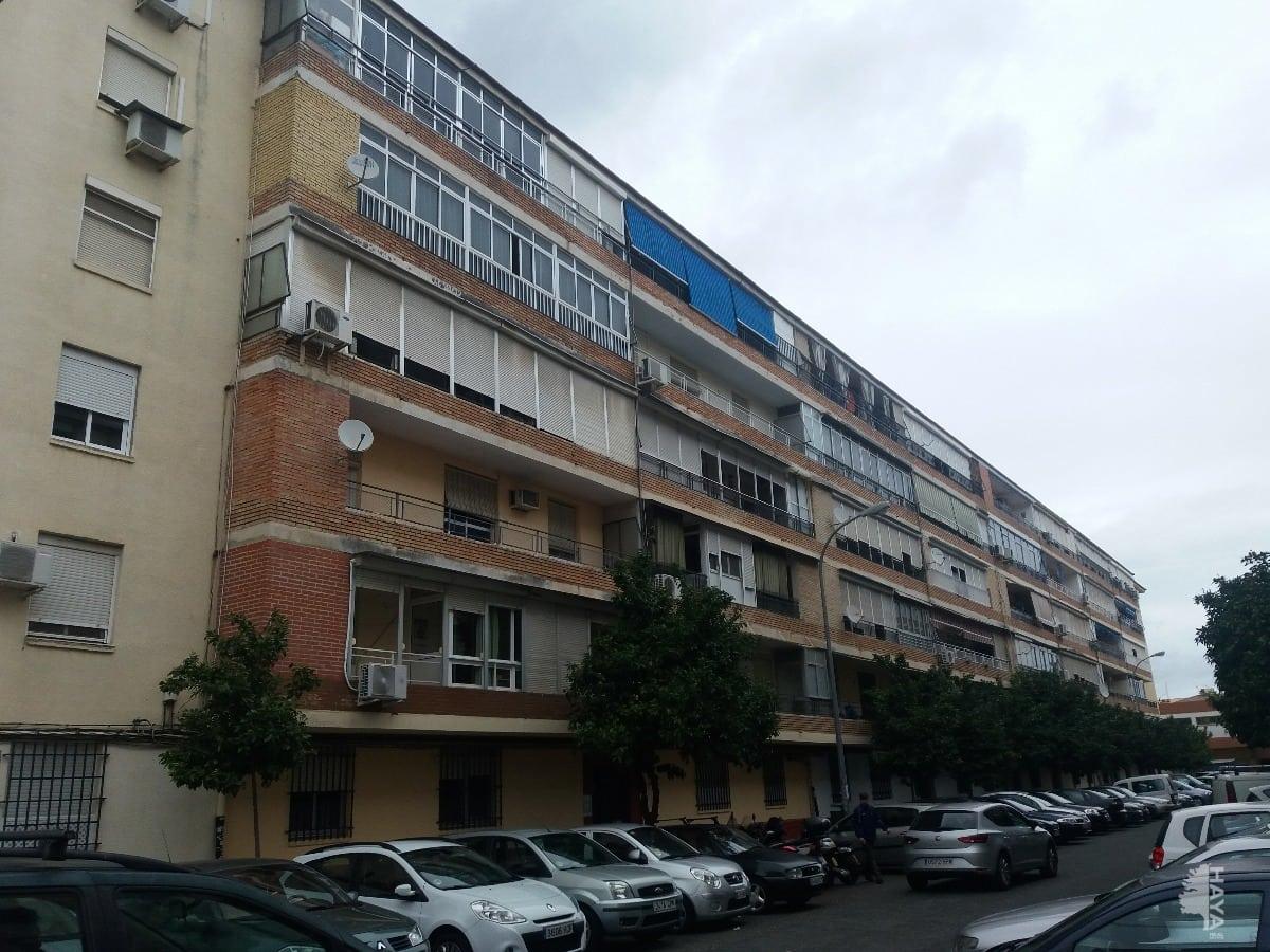 Piso en venta en Sevilla, Sevilla, Calle Ciudad de Ayora, 75.121 €, 4 habitaciones, 1 baño, 89 m2