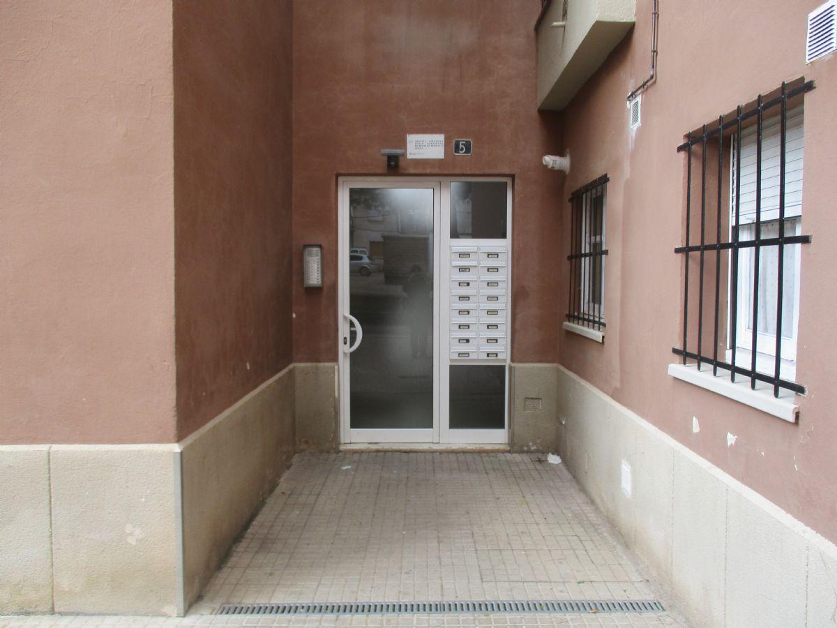 Piso en venta en Torre del Gil, Navàs, Barcelona, Calle Germans Sellares, 67.000 €, 3 habitaciones, 1 baño, 83 m2