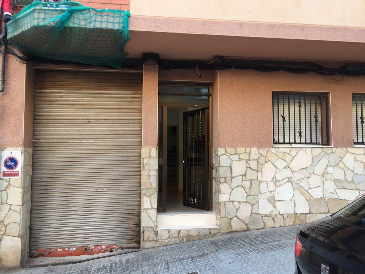 Local en venta en Can Ramoneda, Rubí, Barcelona, Calle Caspe, 104.000 €, 197 m2