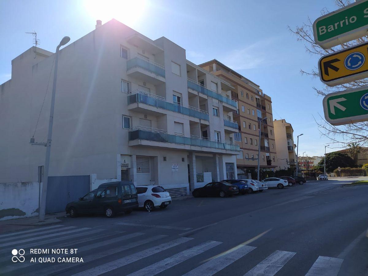 Piso en venta en Motril, Granada, Calle Nuestra Señora de la Cabeza, 60.500 €, 2 habitaciones, 1 baño, 93 m2