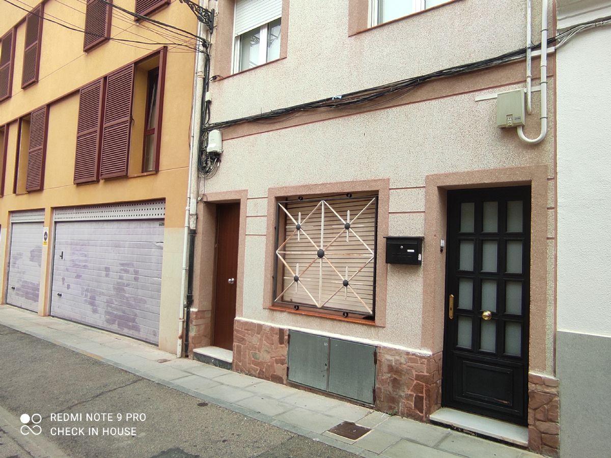 Piso en venta en Sant Feliu de Guíxols, Girona, Calle Gorgoll, 97.800 €, 3 habitaciones, 1 baño, 98 m2