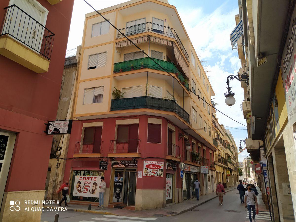 Piso en venta en Rabaloche, Orihuela, Alicante, Calle San Agustin, 48.000 €, 4 habitaciones, 1 baño, 116,89 m2
