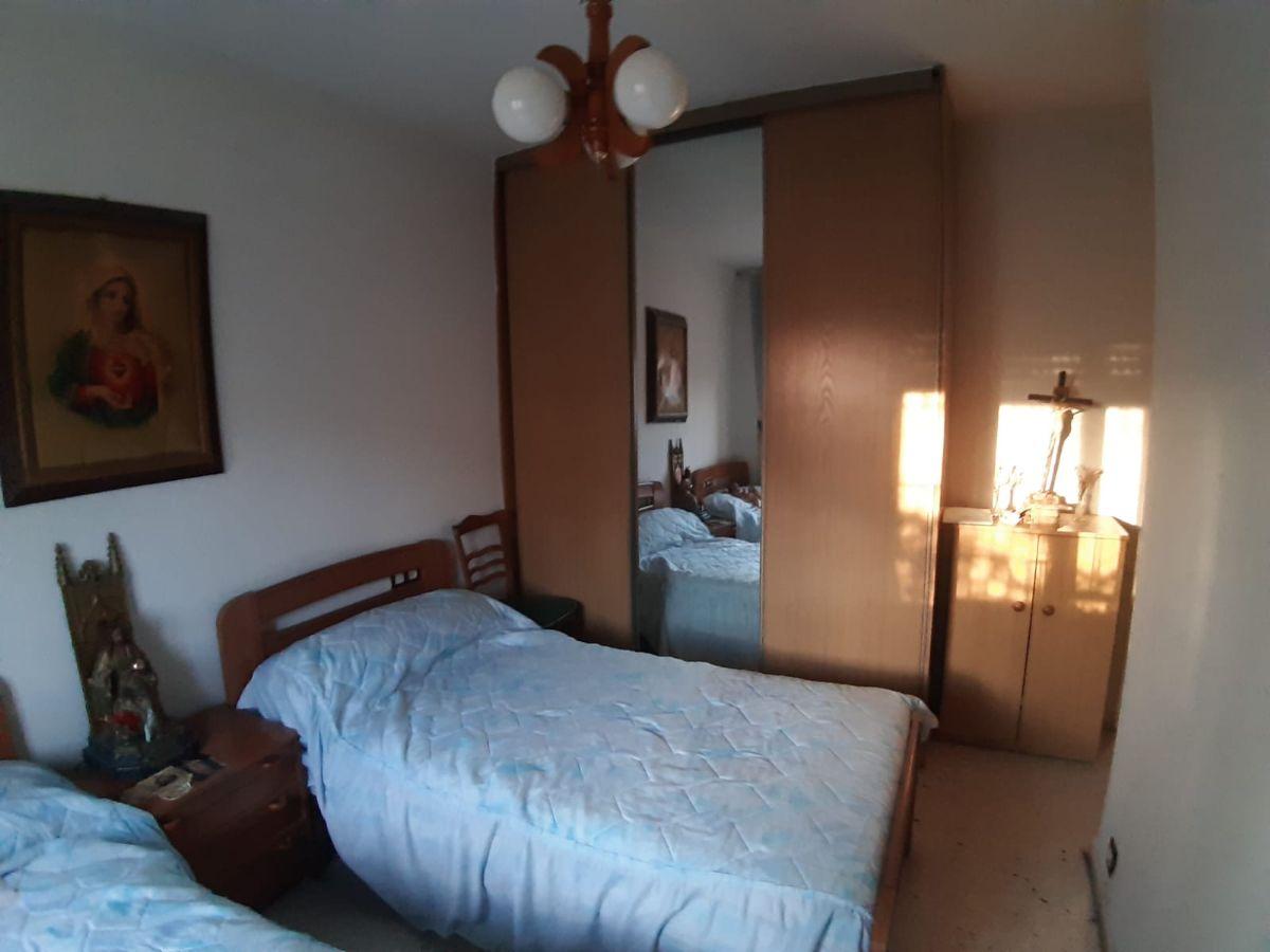 Piso en venta en Puente Ladrillo, Salamanca, Salamanca, Plaza Alcalde Prieto Carrasco, 60.000 €, 1 habitación, 1 baño, 79 m2