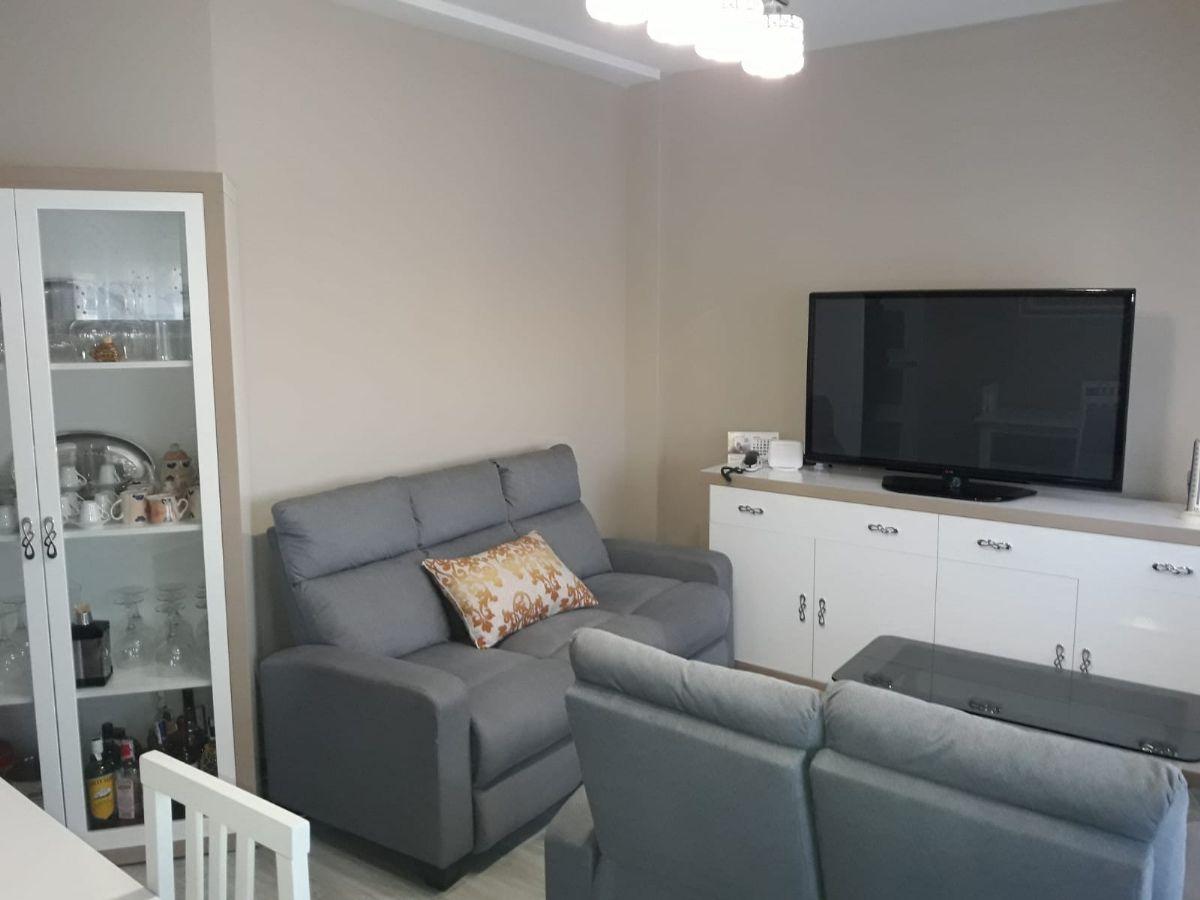 Piso en venta en Tomelloso, Ciudad Real, Calle García Pavón, 75.000 €, 2 habitaciones, 1 baño, 70 m2