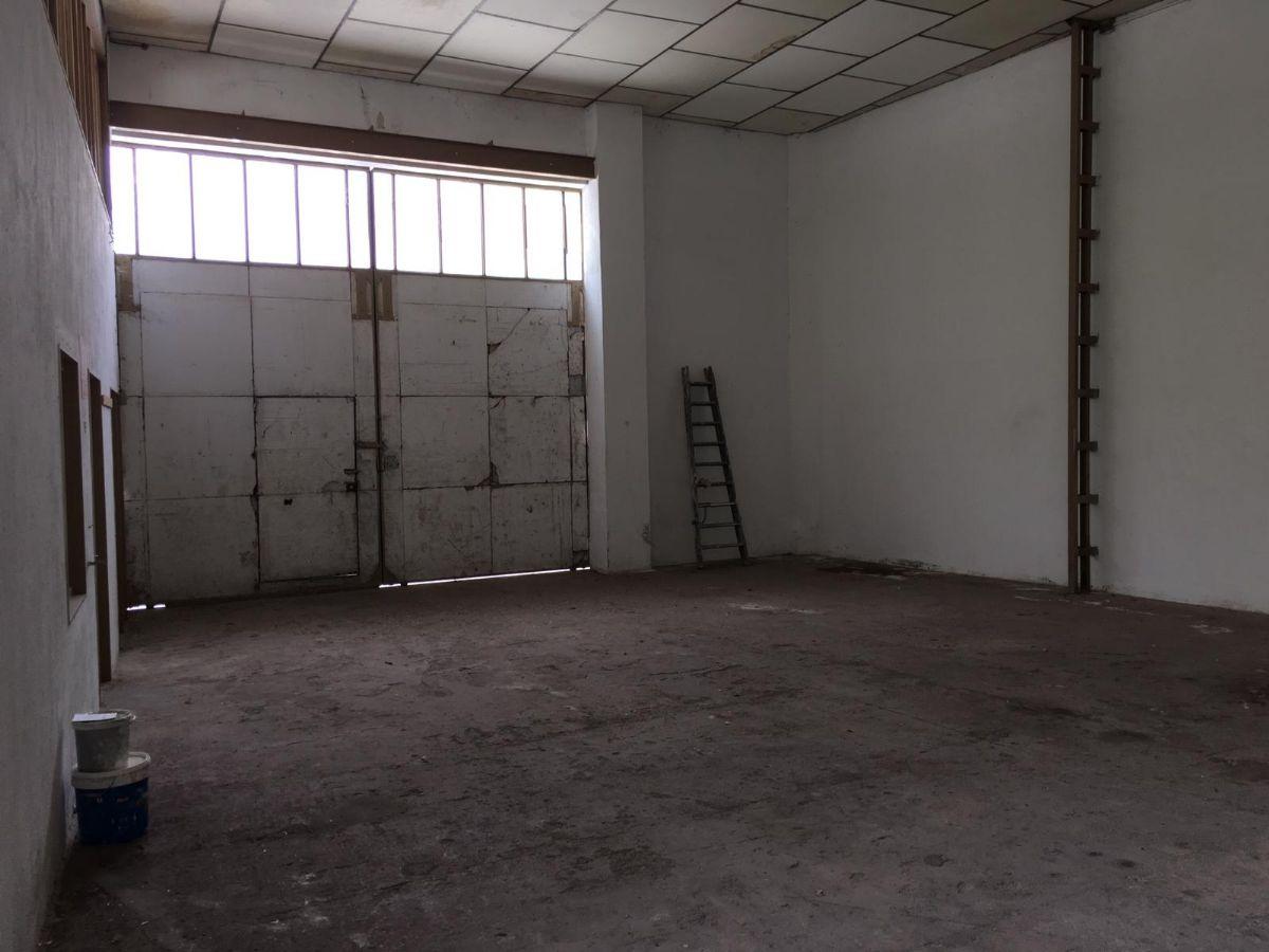 Industrial en venta en Tomelloso, Ciudad Real, Calle Socuellamos, 180.000 €, 305 m2