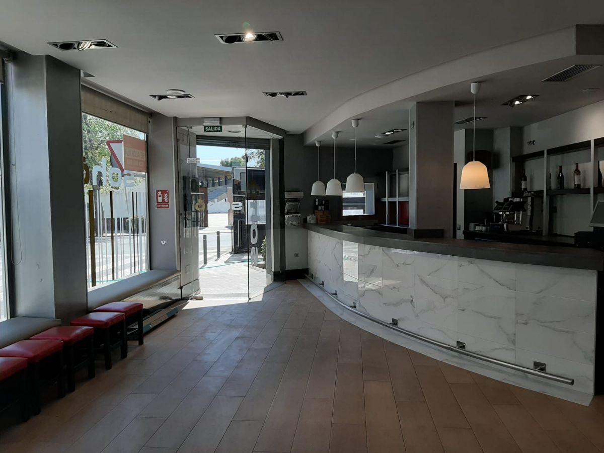Local en alquiler en Tomelloso, Ciudad Real, Avenida Antonio Huertas, 1.200 €, 107 m2