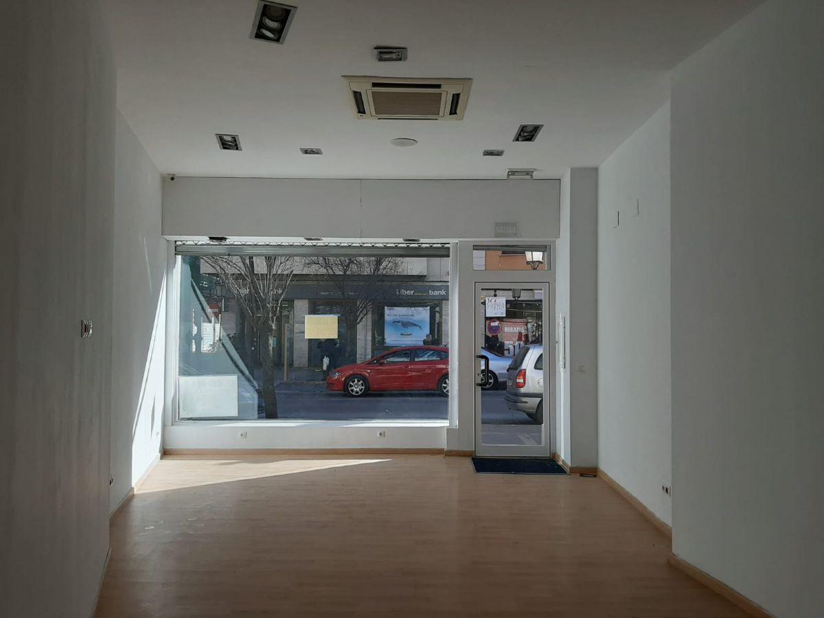Local en alquiler en Tomelloso, Ciudad Real, Calle Don Víctor Peñasco, 700 €, 96 m2