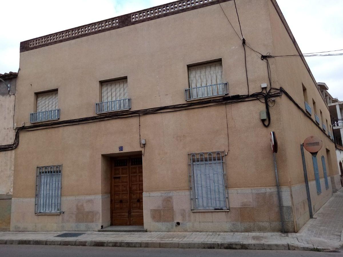 Casa en venta en Ezcaray, Tomelloso, Ciudad Real, Calle Angel Izquierdo, 100.000 €, 5 habitaciones, 2 baños, 400 m2