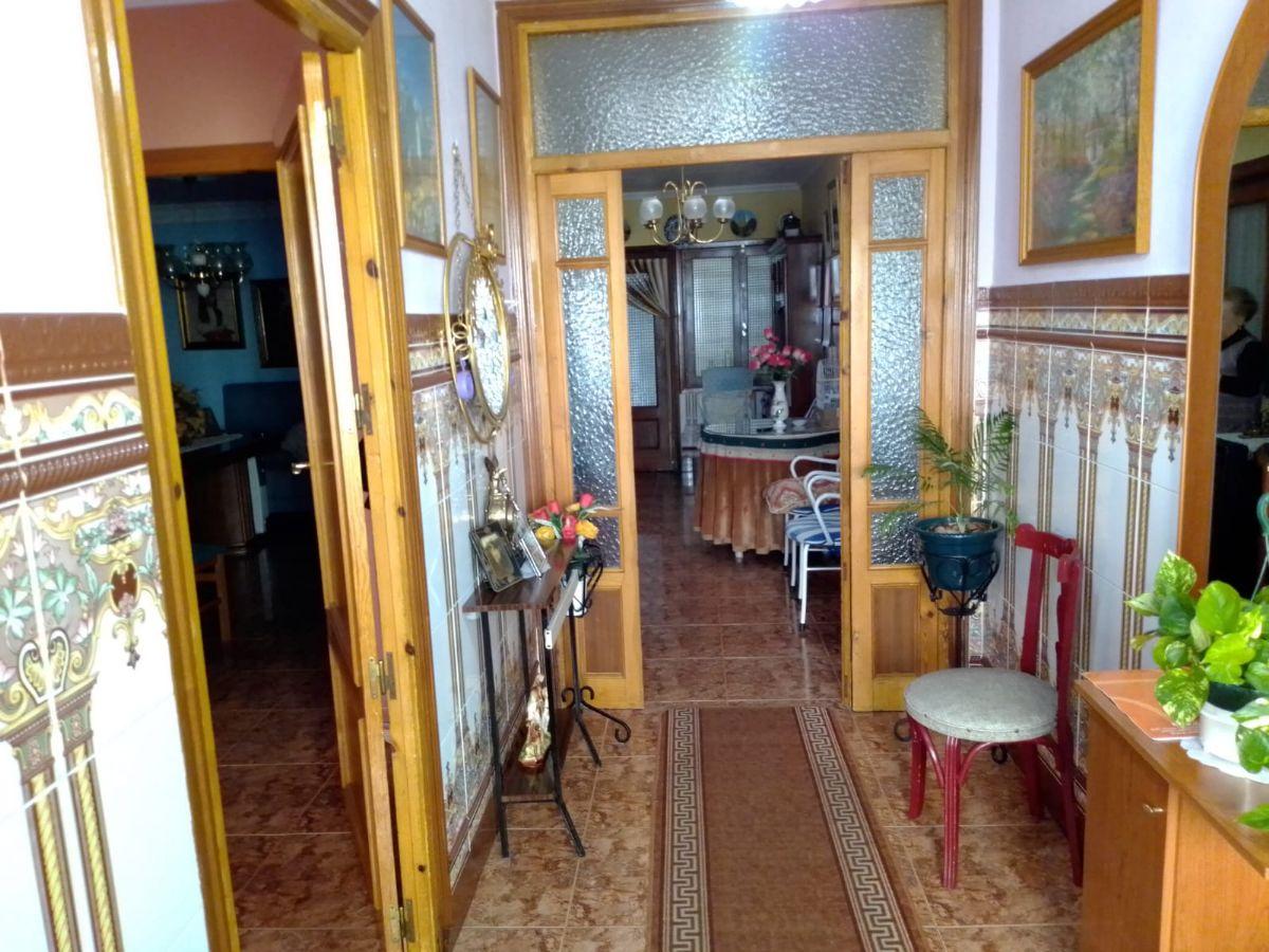 Casa en venta en Ezcaray, Tomelloso, Ciudad Real, Calle Raimundo Cepeda, 75.000 €, 3 habitaciones, 1 baño, 110 m2