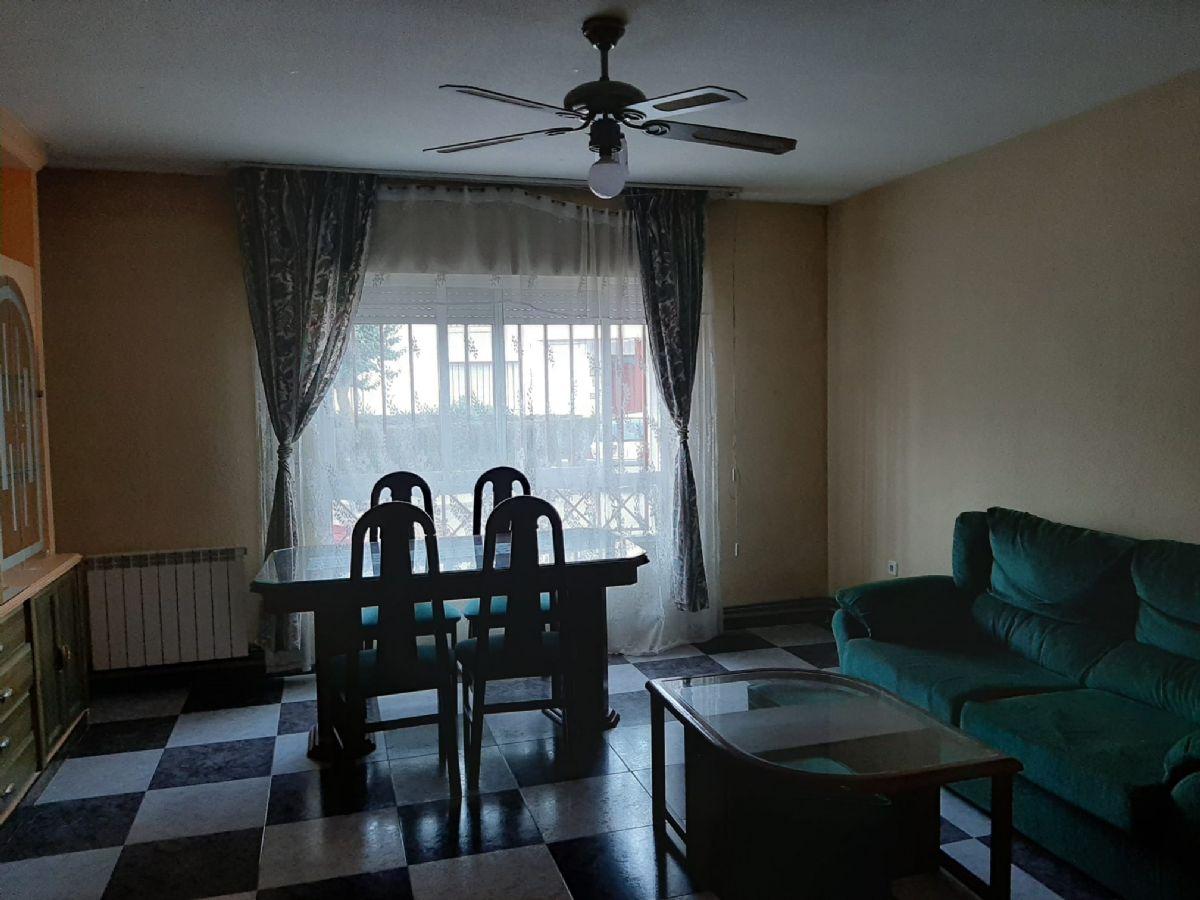 Casa en venta en Tomelloso, Ciudad Real, Urbanización la Bodega, 75.000 €, 4 habitaciones, 2 baños, 149 m2