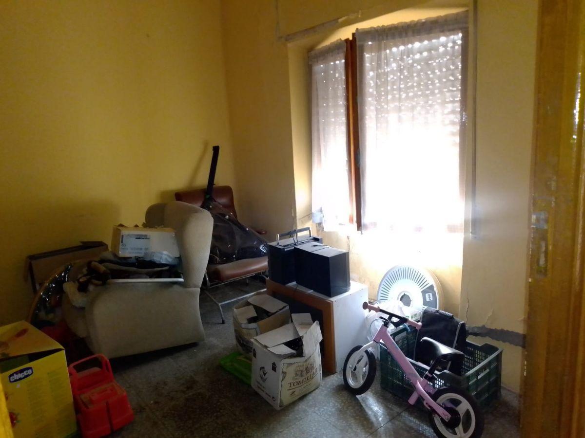 Casa en venta en Esquibien, Tomelloso, Ciudad Real, Calle Santa Juliana, 58.000 €, 6 habitaciones, 1 baño, 215 m2