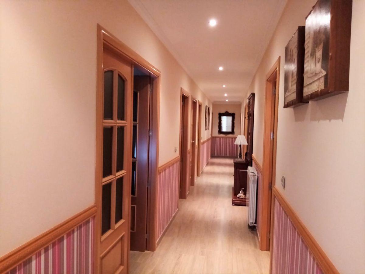 Casa en venta en Esquibien, Tomelloso, Ciudad Real, Calle Asturias, 220.000 €, 4 habitaciones, 3 baños, 200 m2