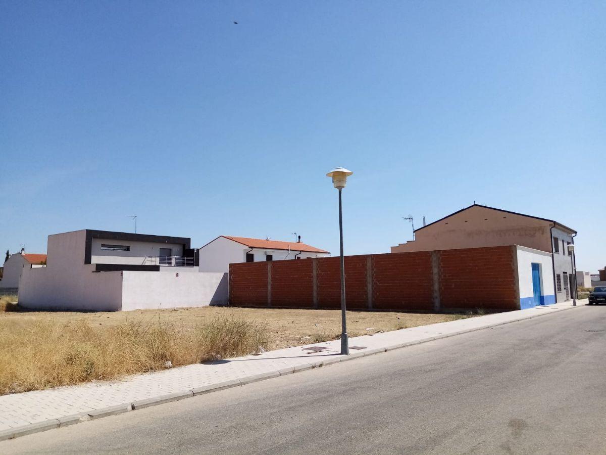 Suelo en venta en Esquibien, Tomelloso, Ciudad Real, Calle Igualdad, 120.000 €, 557 m2