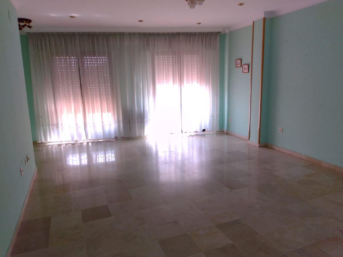Piso en venta en Tomelloso, Ciudad Real, Calle Campo, 90.000 €, 3 habitaciones, 2 baños, 126 m2