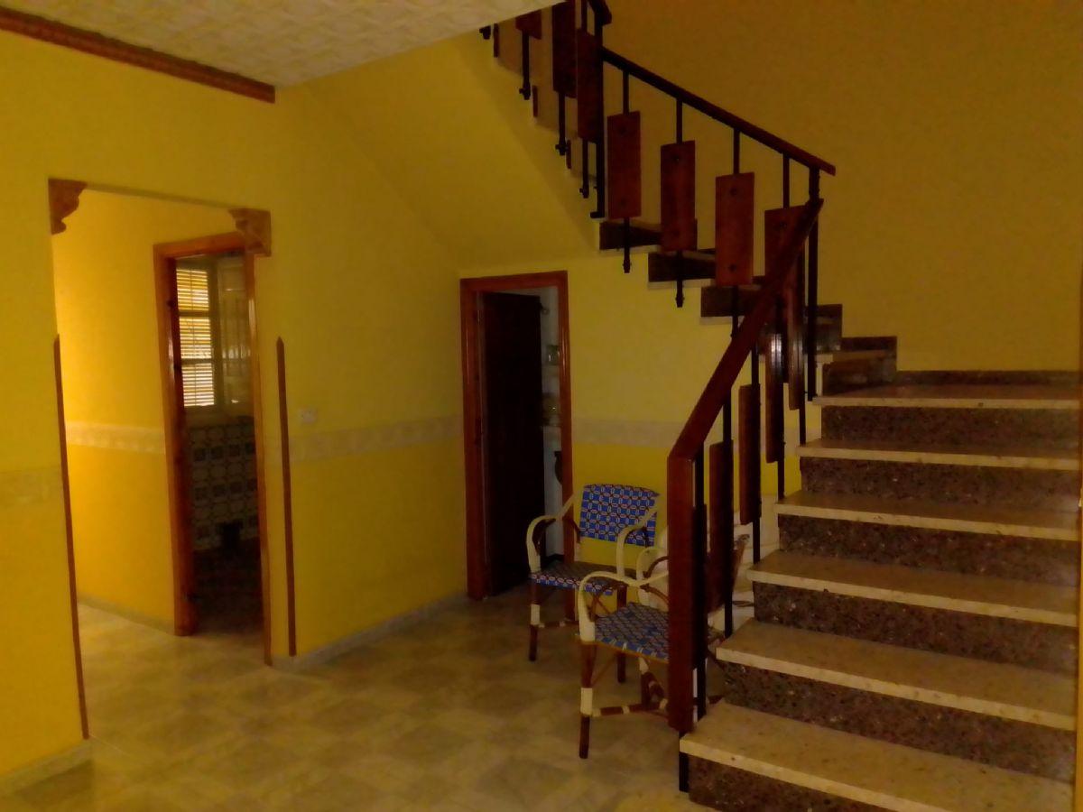 Casa en venta en Tomelloso, Ciudad Real, Calle San Mateo, 85.000 €, 4 habitaciones, 2 baños, 114 m2