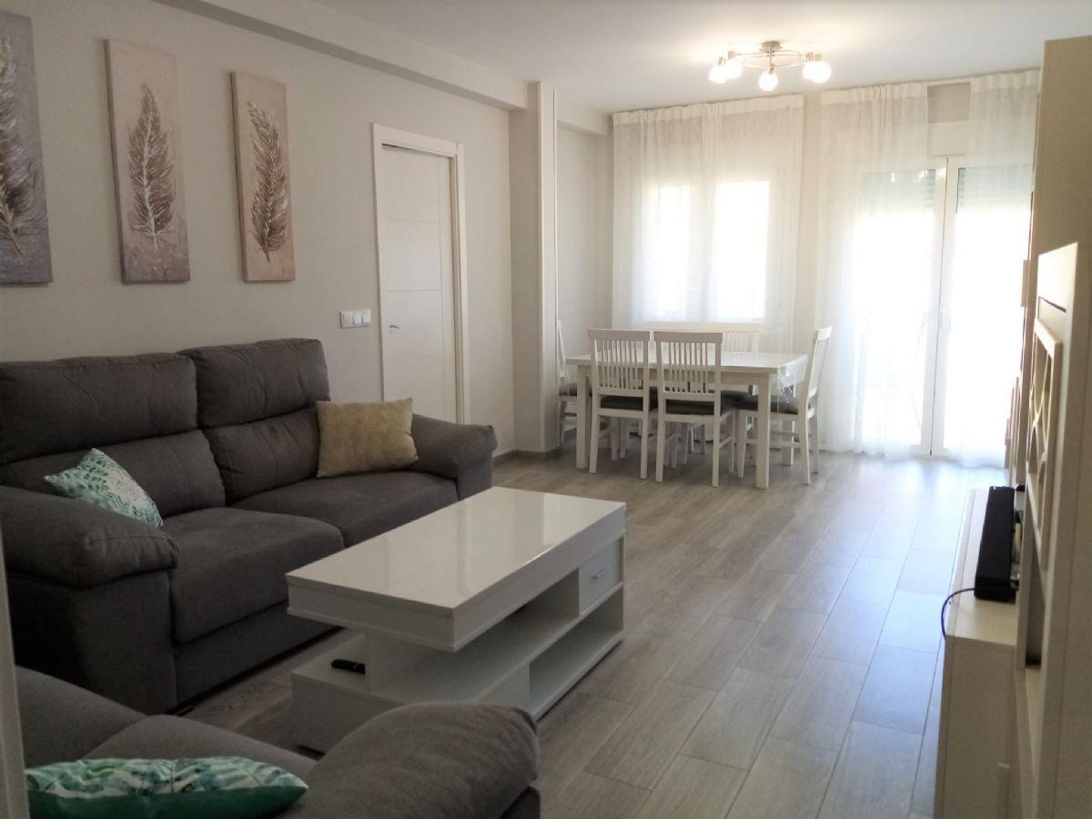 Piso en venta en Tomelloso, Ciudad Real, Paseo San Isidro, 89.000 €, 3 habitaciones, 2 baños, 88 m2