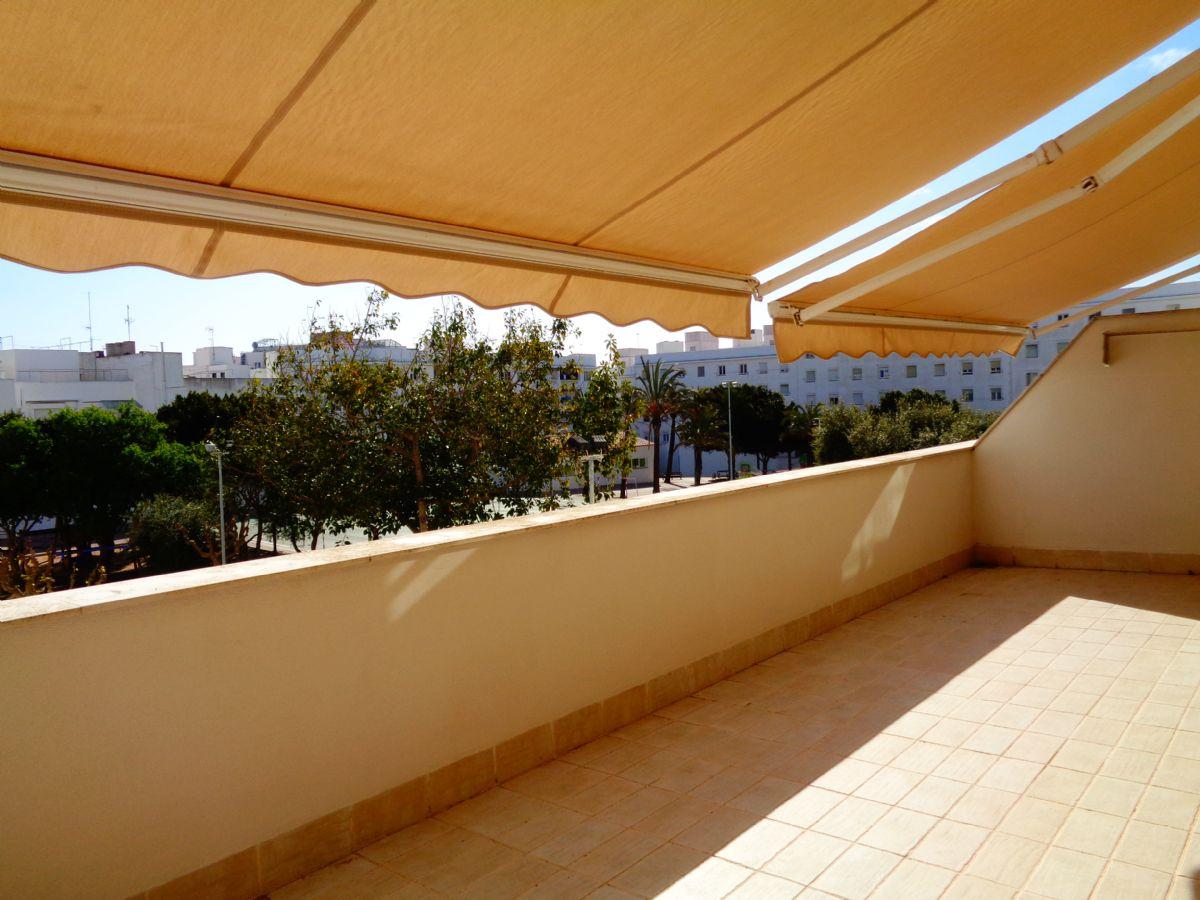 Piso en venta en Mahón, Baleares, Avenida Vives Lull, 200.000 €, 2 habitaciones, 1 baño, 80 m2