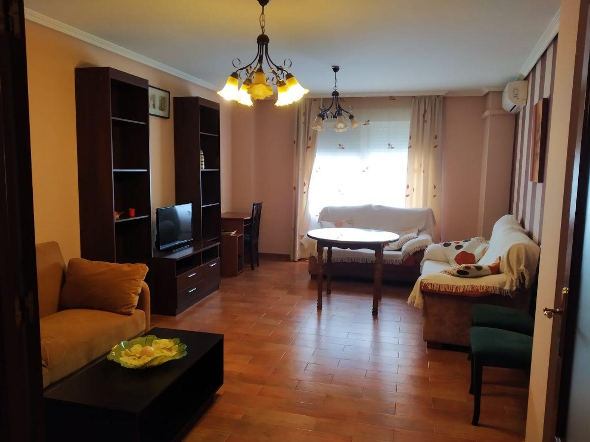 Piso en venta en Torre del Campo, Jaén, Calle Torrecillas, 99.470 €, 3 habitaciones, 2 baños, 133 m2