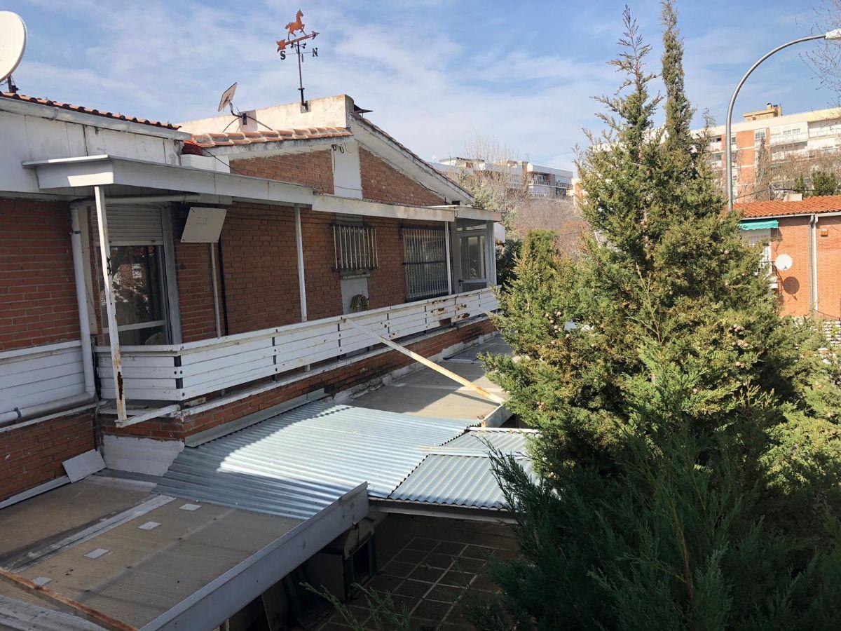 Casa en venta en Madrid, Madrid, Calle Almarza, 600.000 €, 4 habitaciones, 2 baños, 242 m2