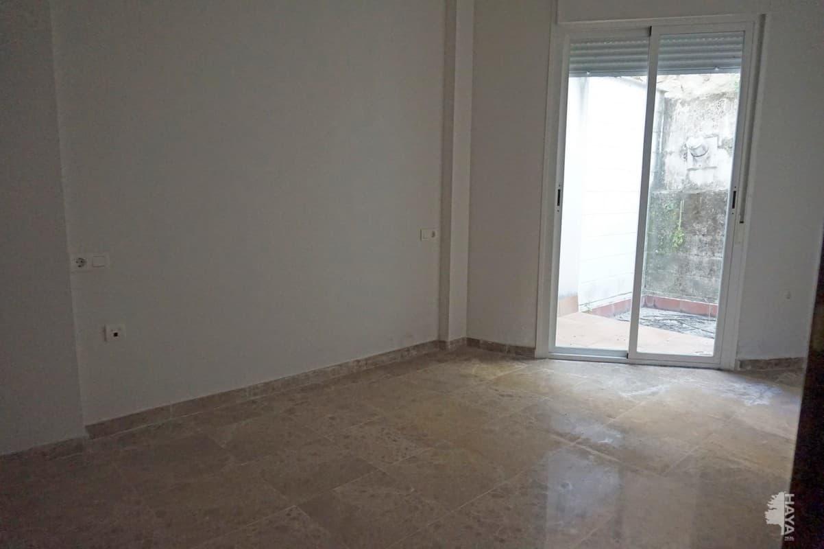 Piso en venta en Cabra, Cabra, Córdoba, Calle Junquillo, 97.000 €, 3 habitaciones, 2 baños, 90 m2