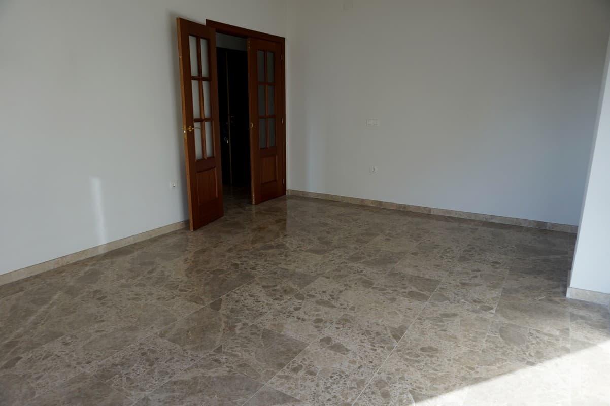 Piso en venta en Cabra, Cabra, Córdoba, Calle Junquillo, 100.000 €, 3 habitaciones, 2 baños, 89 m2