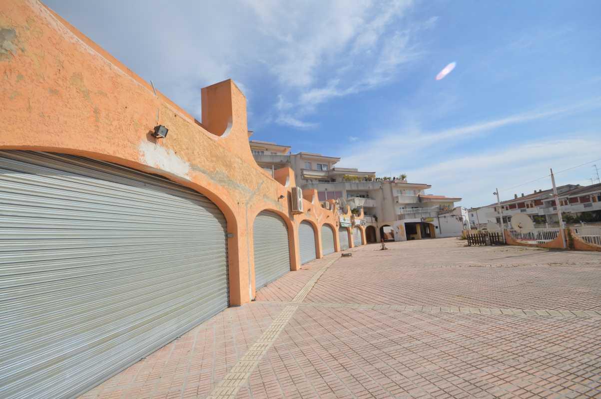 Local en venta en Santa Ponça, Rotes Velles, Baleares, Calle Ramon de Moncada, 116.300 €, 168,19 m2