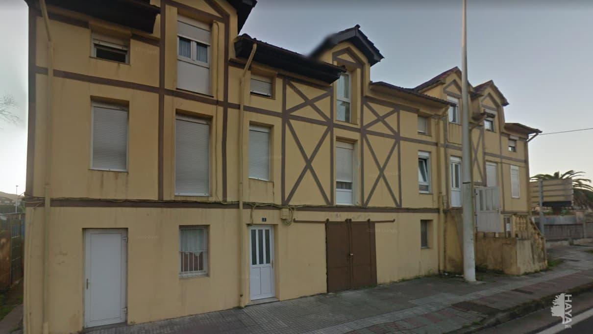 Piso en venta en El Astillero, Cantabria, Calle Sainz Y Trevilla, 54.140 €, 2 habitaciones, 1 baño, 59 m2
