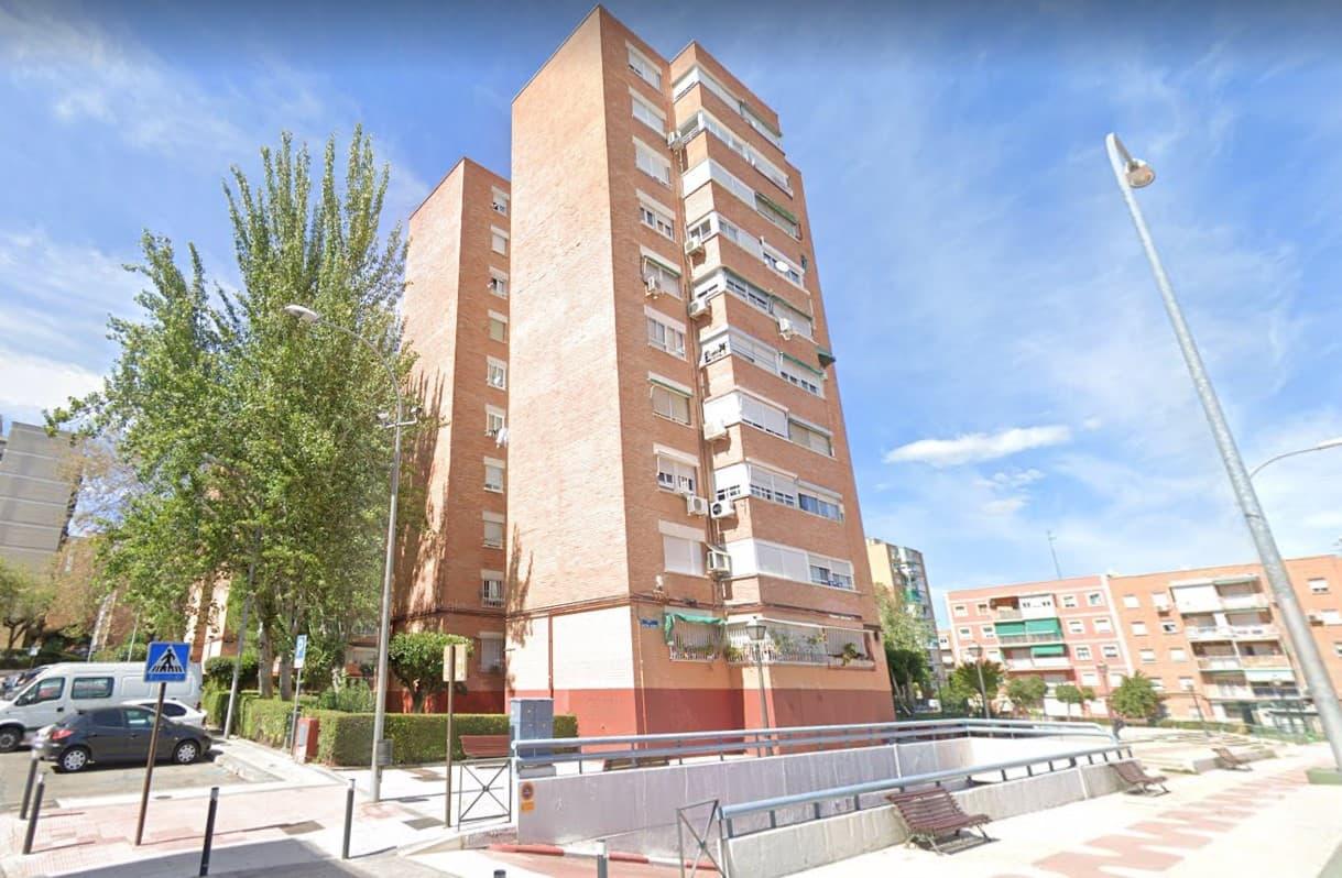 Piso en venta en Casco Antiguo, Alcorcón, Madrid, Calle Maestro Victoria, 104.900 €, 3 habitaciones, 1 baño, 60 m2