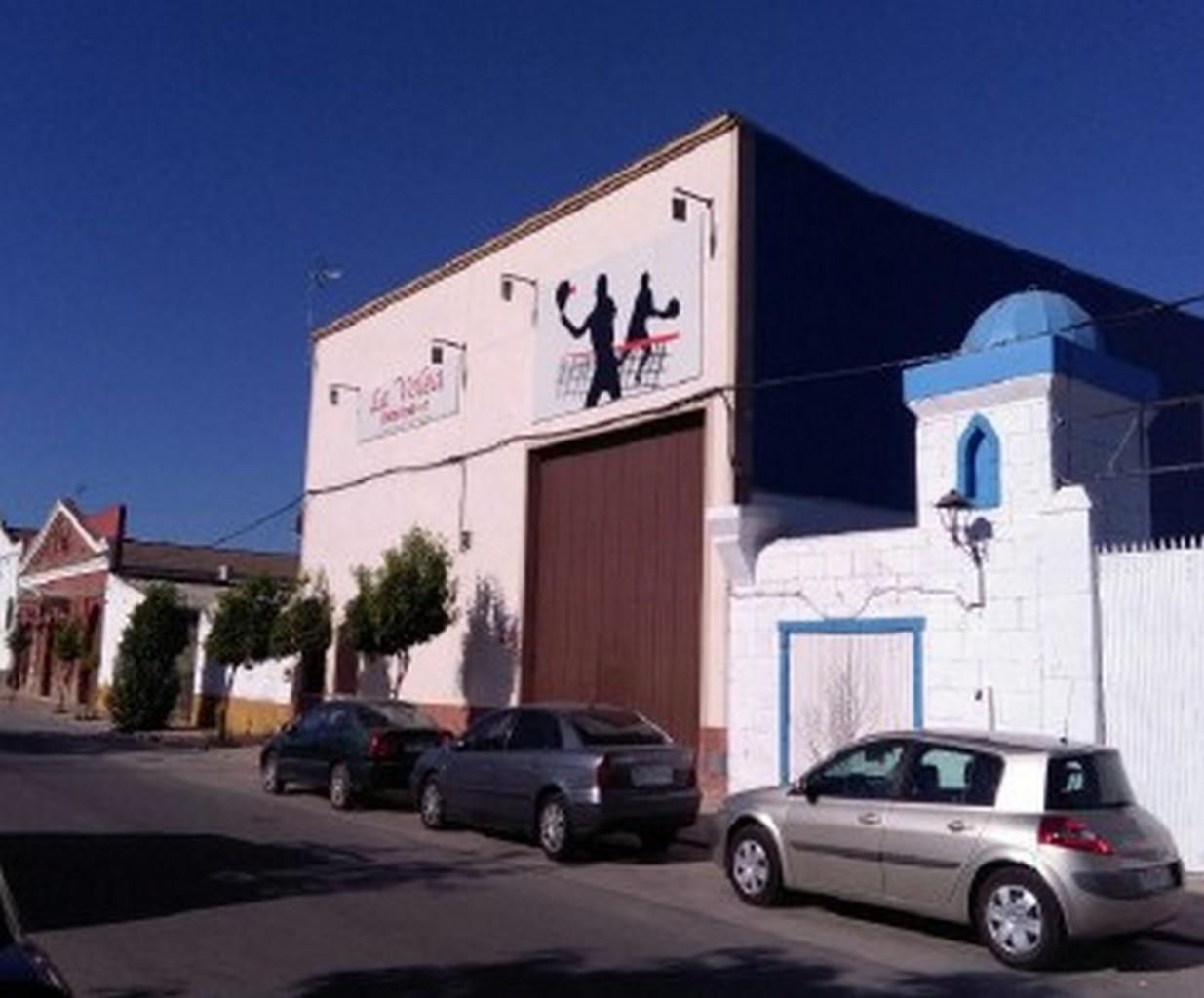 Industrial en venta en Las Cabezas de San Juan, Sevilla, Avenida Jesus Nazareno, 366.600 €, 1222 m2