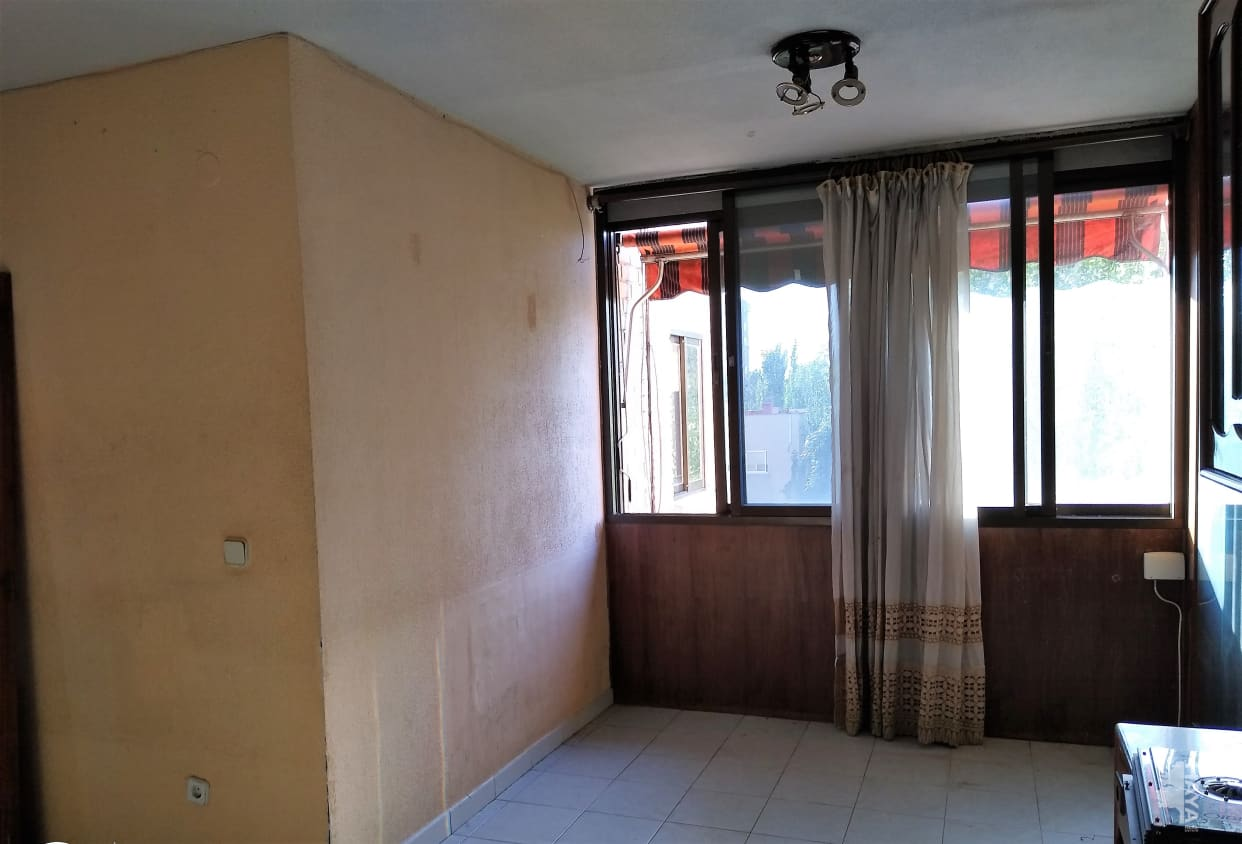Piso en venta en Coslada, Madrid, Calle Uruguay, 151.411 €, 1 habitación, 1 baño, 88 m2