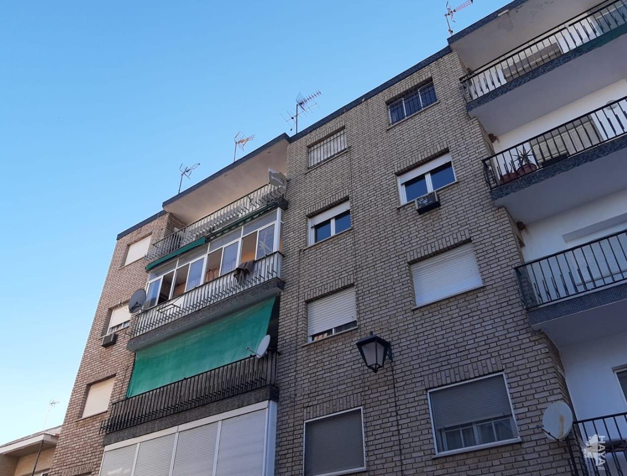 Piso en venta en Almendralejo, Badajoz, Plaza Santiago, 38.500 €, 3 habitaciones, 1 baño, 70 m2