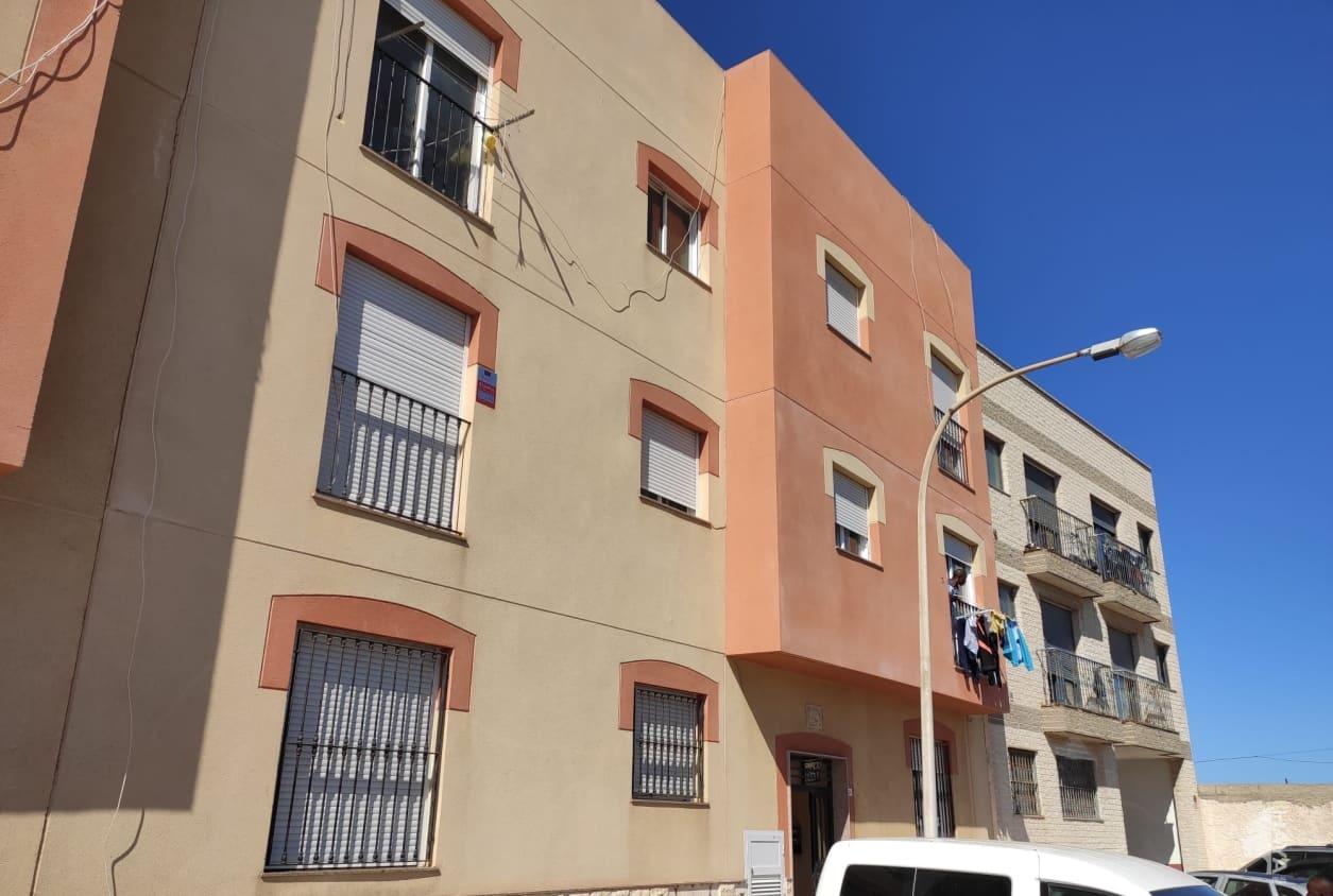 Piso en venta en Los Depósitos, Roquetas de Mar, Almería, Calle Joaquinico (bo), 59.000 €, 3 habitaciones, 3 baños, 91 m2