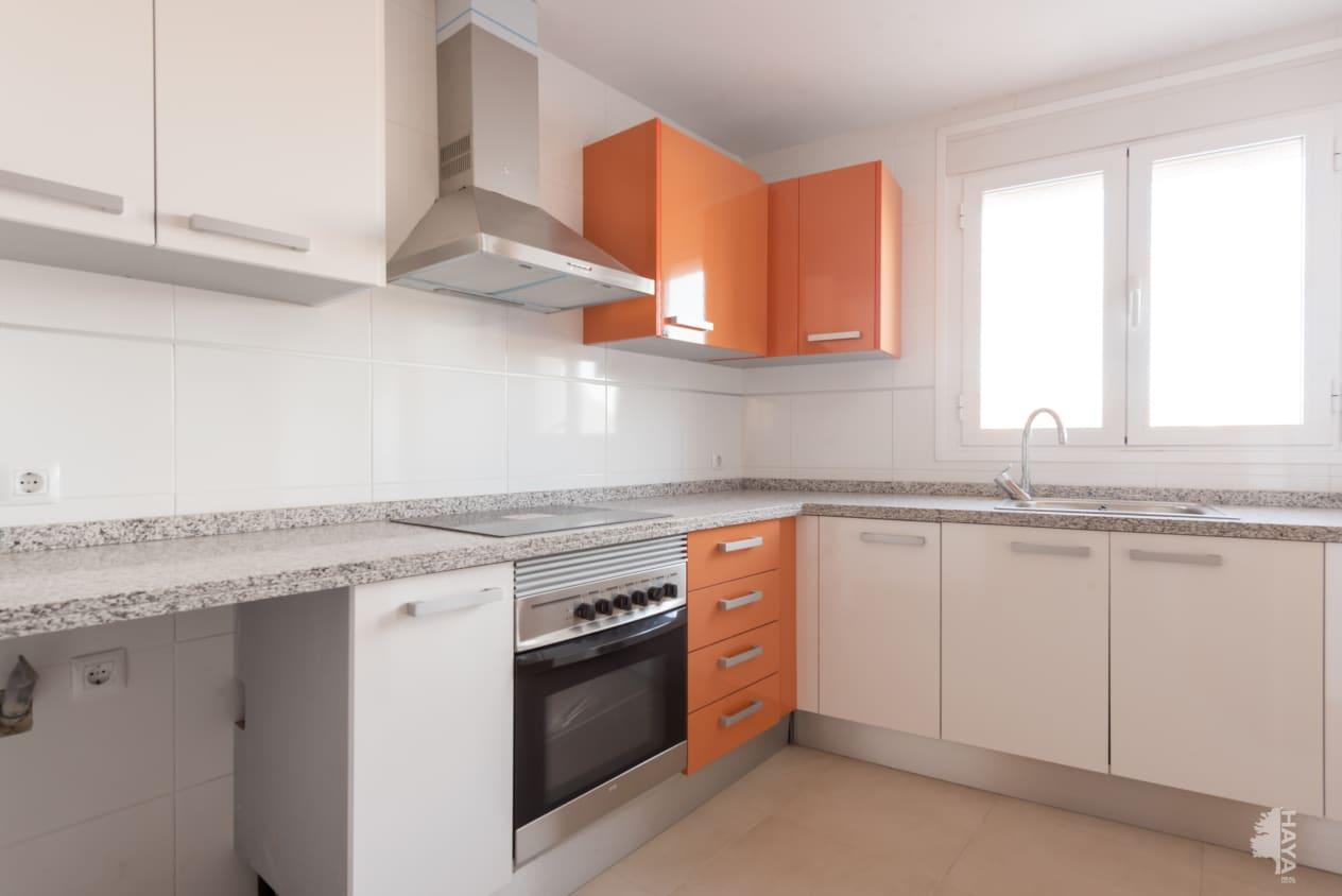 Piso en venta en Montroi / Montroy, Montroy, Valencia, Calle Ausias March (d`), 125.400 €, 3 habitaciones, 1 baño, 145 m2