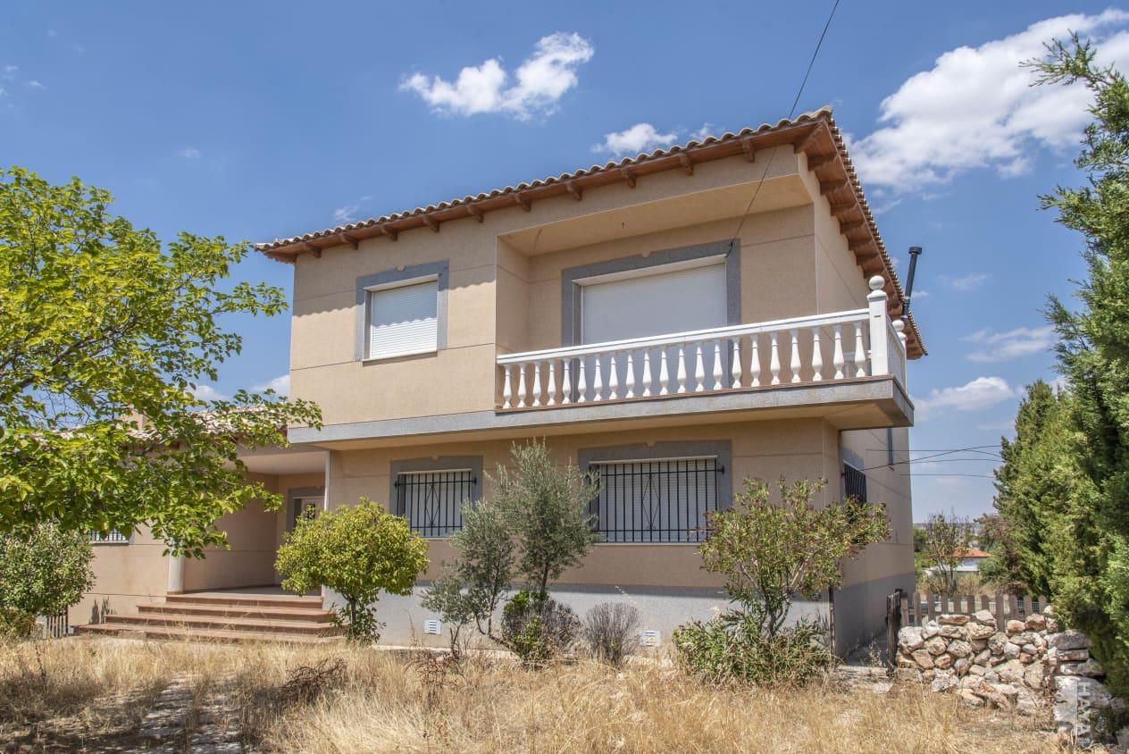 Casa en venta en Valle de San Juan-los Vallejos, Colmenar de Oreja, Madrid, Avenida Naciones de Las, 247.900 €, 9 habitaciones, 2 baños, 439 m2