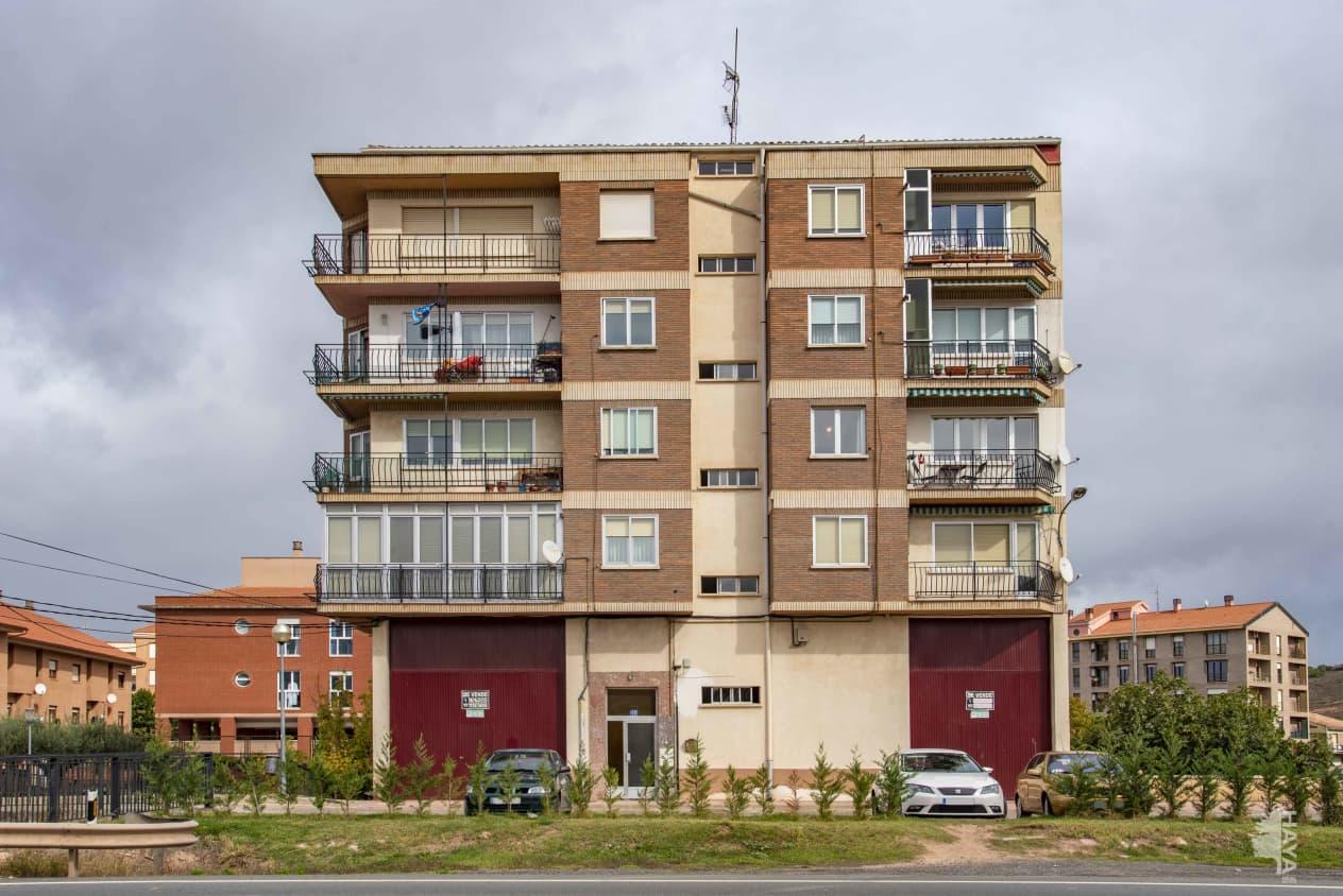 Piso en venta en La Estación, Fuenmayor, La Rioja, Calle Carrera Logroño Vitoria, 91.700 €, 3 habitaciones, 1 baño, 94 m2