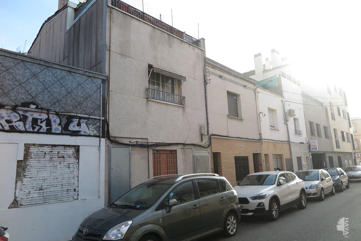 Piso en venta en Terrassa, Barcelona, Calle Mare de Deu de Lesperança, 52.400 €, 2 habitaciones, 1 baño, 68 m2