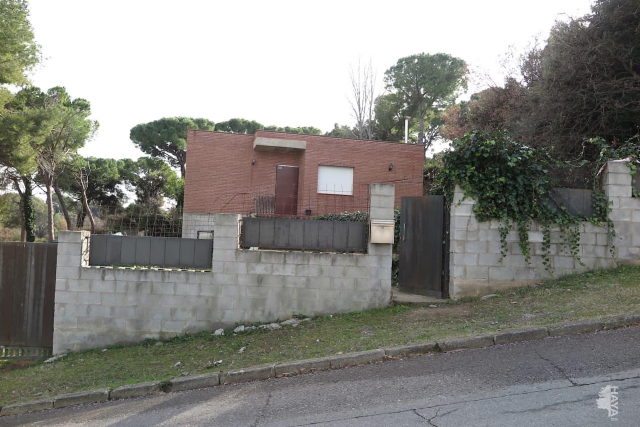 Casa en venta en Santa Eulàlia de Ronçana, Lliçà D`amunt, españa, Calle Can Farell, 378.400 €, 4 habitaciones, 2 baños, 341 m2